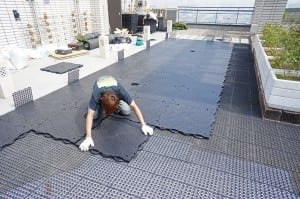 base panel installation for rooftop putting green